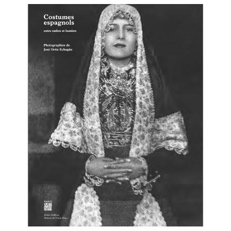 Catalogue Costumes espagnols, entre ombre et lumière