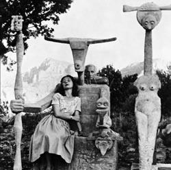 Dorothea Tanning and Max Ernst with his sculpture, Capricorn, 1947 / John Kasnetsis © John Kasnetsis
